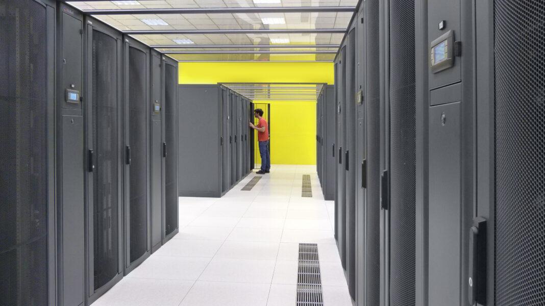cercasi sistemisti linux windows datacenter seeweb frosinone e milano