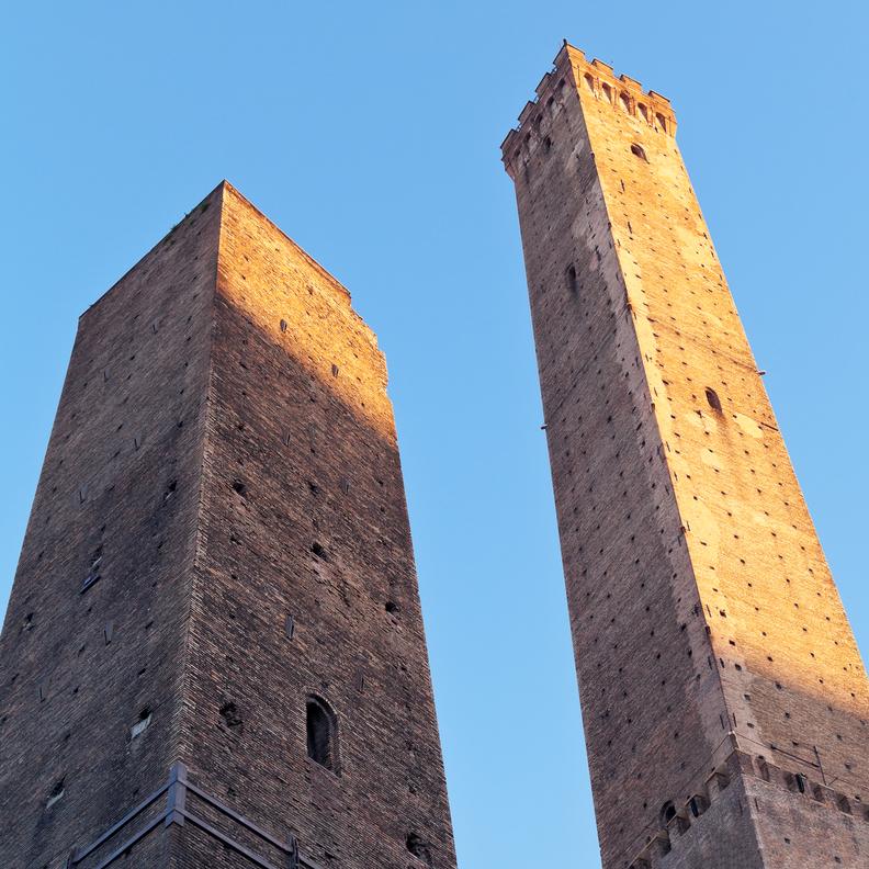 le-due-Torri-di-Bologna